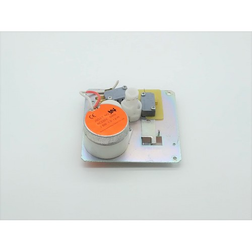 Motor for icemaker with support plate - u - line